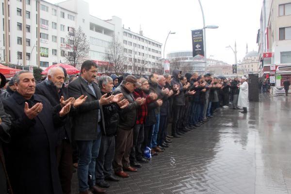 Bolu'da İdlib şehitleri için gıyabi cenaze namazı -2