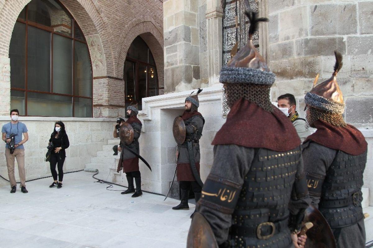 Konya, Selçuklu devletini başkent # 4 olarak tebrik etti