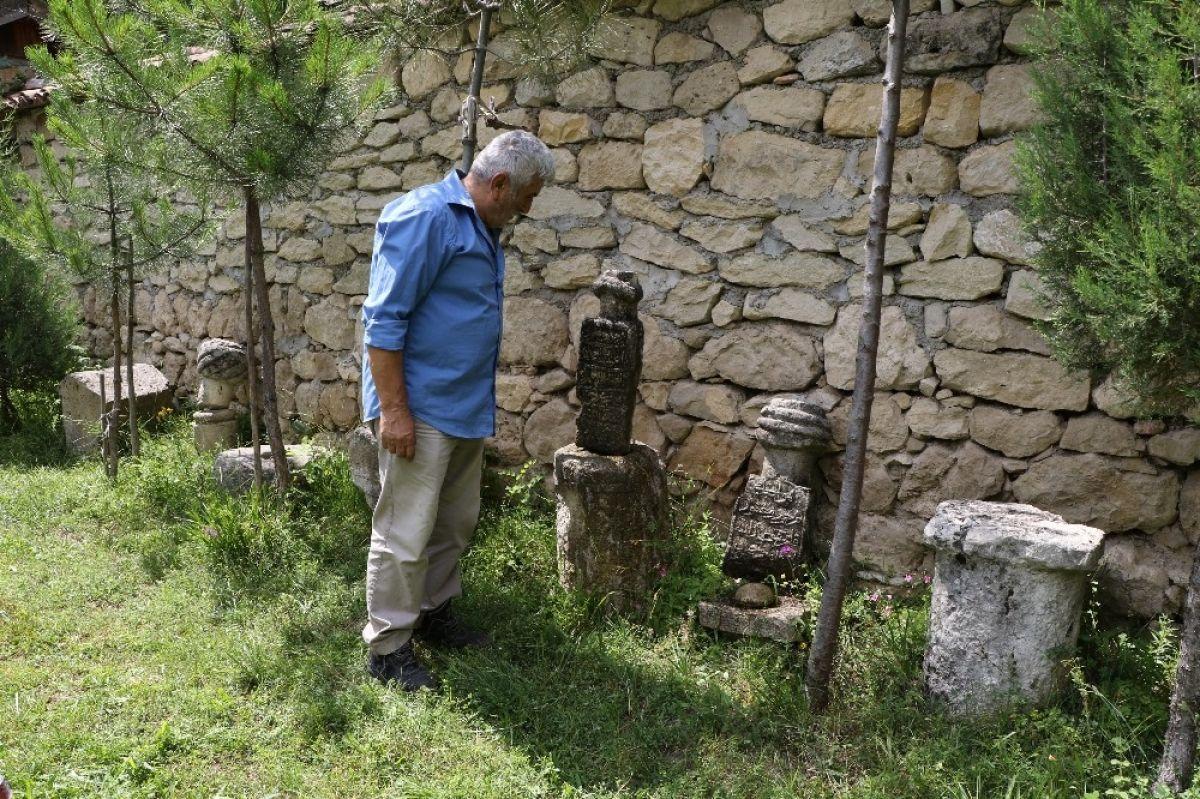 Karabadiz'de 3 numaralı çevreden toplanan kalıntılarla bir müze açtı