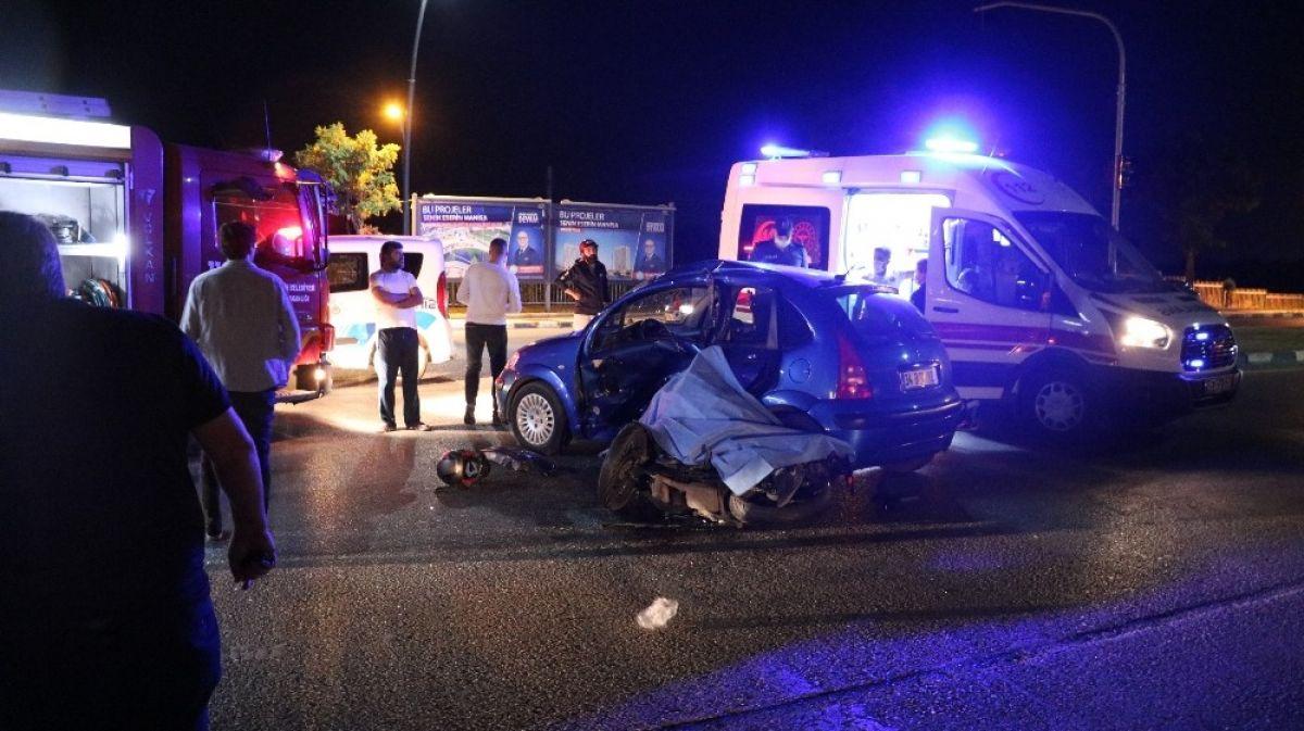 Manisa'da otomobille motosiklet çarpıştı: 1 ölü 3 yaralı #2