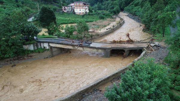 Rize'deki yağışlarda son 91 yılın rekoru kırıldı #13