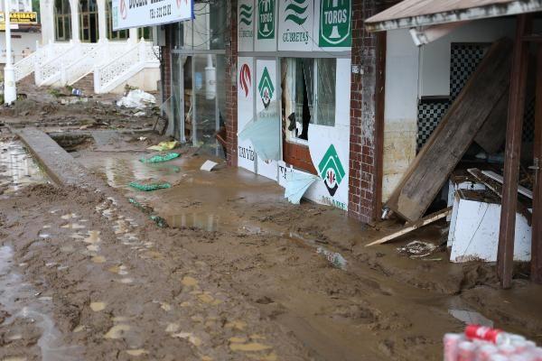 Rize'deki yağışlarda son 91 yılın rekoru kırıldı #18