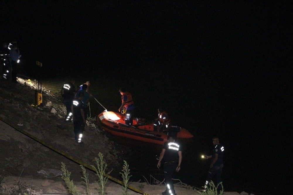 Manisa'da misinalara takılan itfaiyeci boğuldu #6