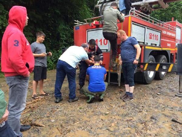 Trabzon'daki selde mahsur kalan 21 kişi kurtarıldı #5