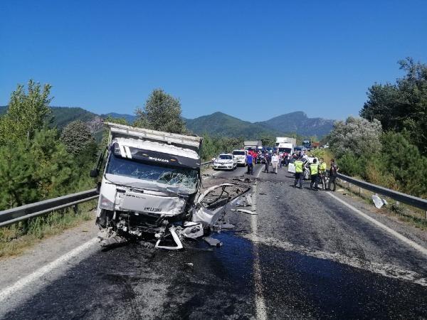 Karabük'te trafik kazası: 2 ölü #7