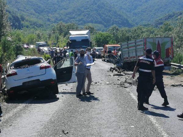 Karabük'te trafik kazası: 2 ölü #8
