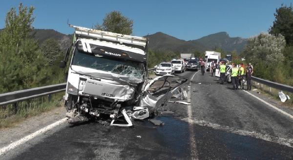 Karabük'te trafik kazası: 2 ölü #5