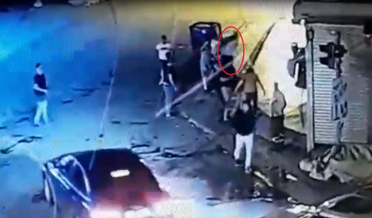Ankara da, Eren in bıçakla öldürüldüğü yol verme kavgası kameralara yansıdı #6