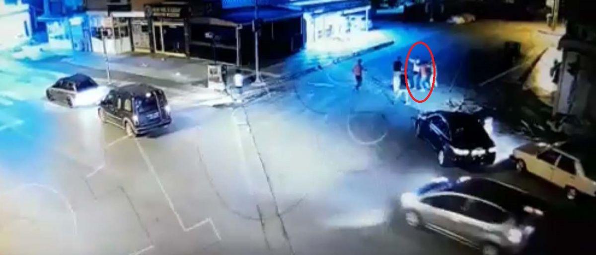 Ankara da, Eren in bıçakla öldürüldüğü yol verme kavgası kameralara yansıdı #5