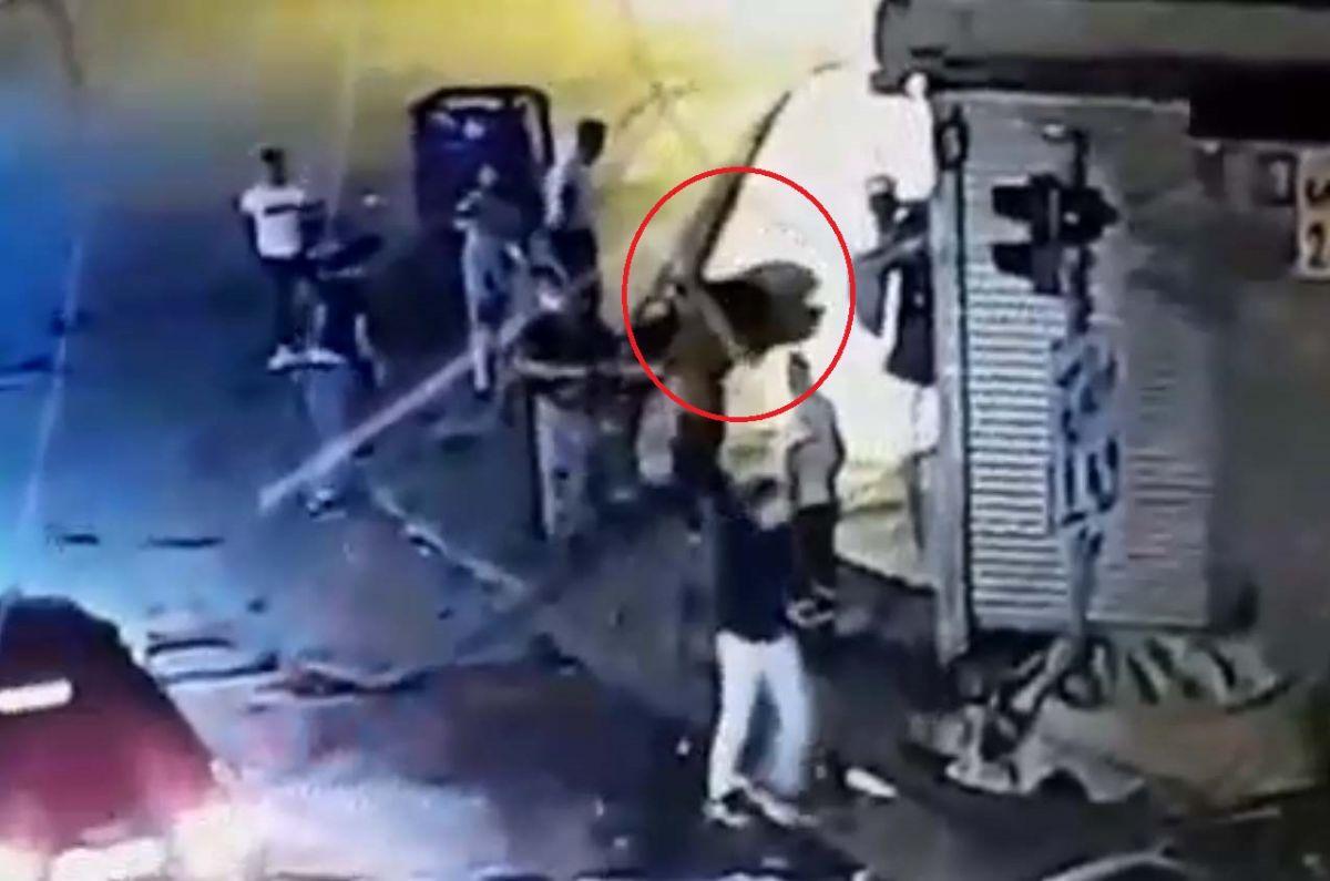 Ankara da, Eren in bıçakla öldürüldüğü yol verme kavgası kameralara yansıdı #8