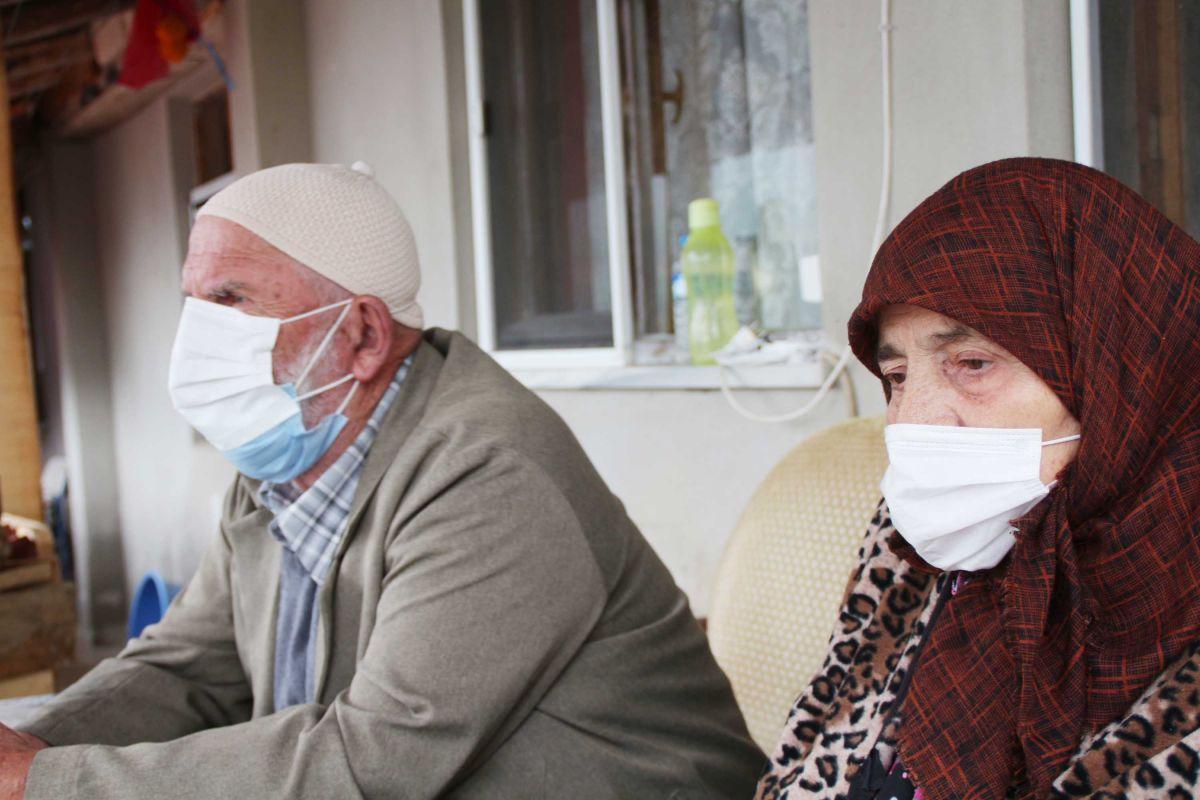 Rize de 3 kardeş, 54 gün içinde koronavirüsten hayatını kaybetti #2
