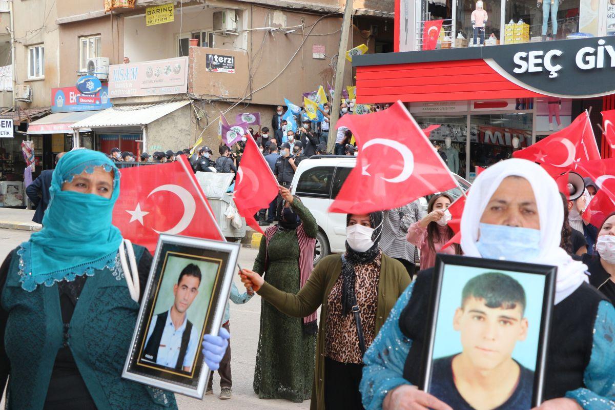 Şırnak ta HDP li vekil, PKK ya karşı eylem yapan annelere karşı durdu #3