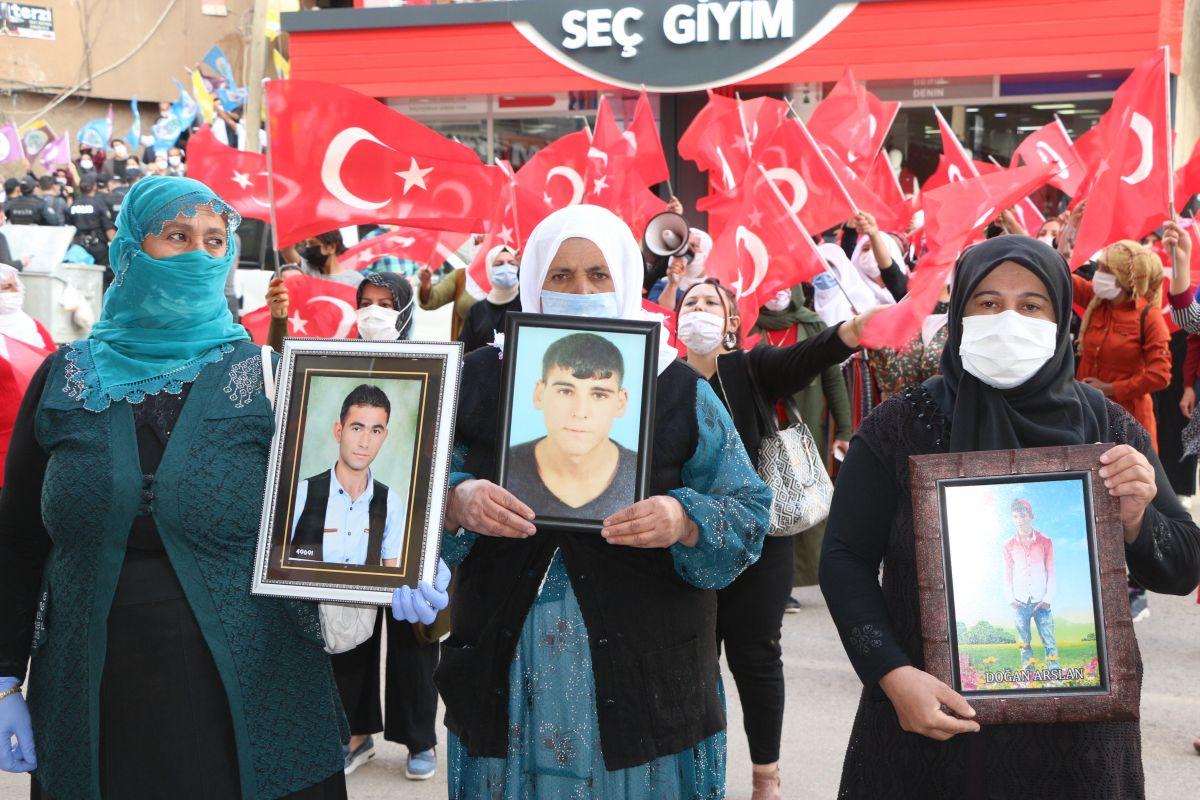 Şırnak ta HDP li vekil, PKK ya karşı eylem yapan annelere karşı durdu #10
