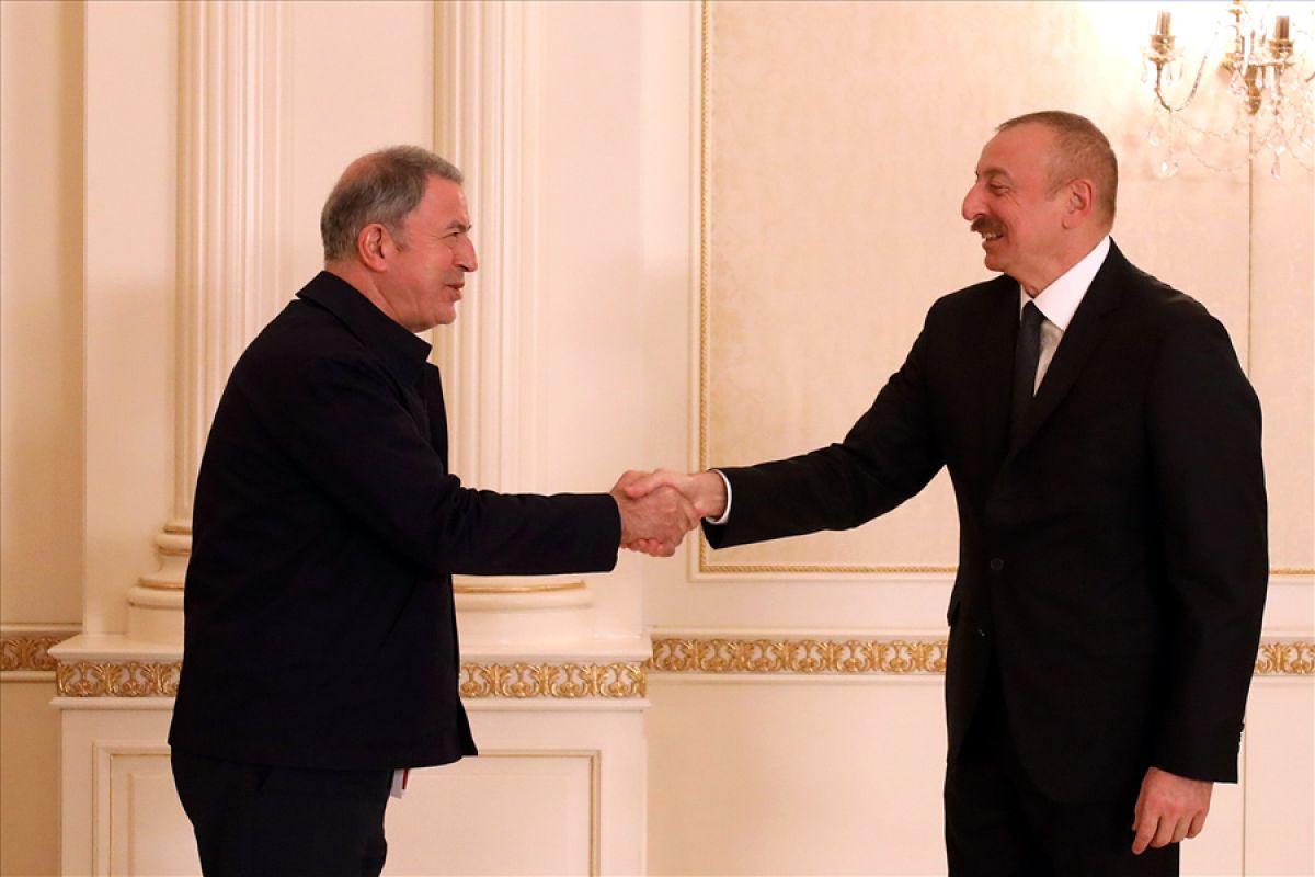 Bakanlar Çavuşoğlu ve Akar dan, İlham Aliyev e tebrik ziyareti #2