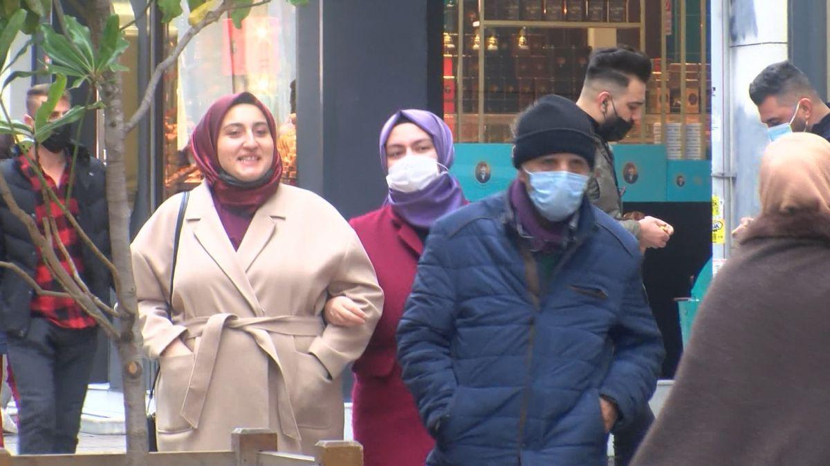 İstiklal Caddesi nde maske denetimi: Maskeye inanmıyorum #1