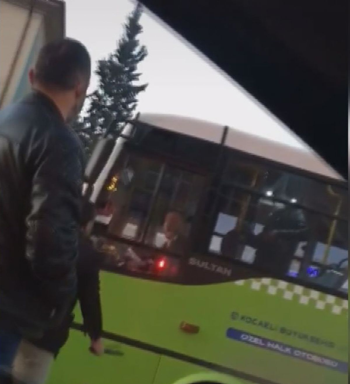 Kocaeli de halk otobüsü şoförüne copla saldırdı #2