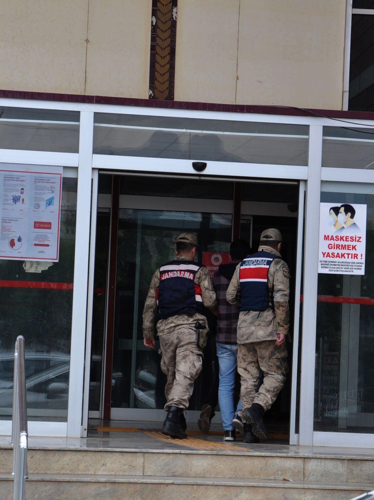 Gaziantep te 30 bin liralık eşya ve otomobil çaldı #3