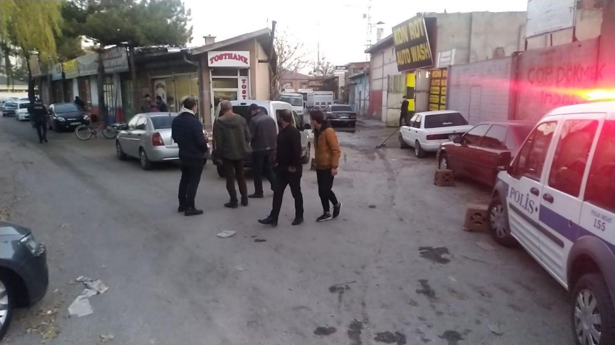 Konya da oto yıkama dükkanında silahlı kavga #3