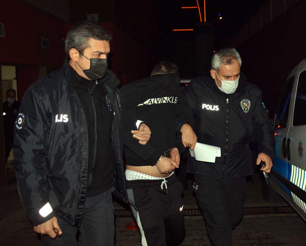 Kayseri de, eşi tarafından alıkonulan kadını polis kurtardı #2