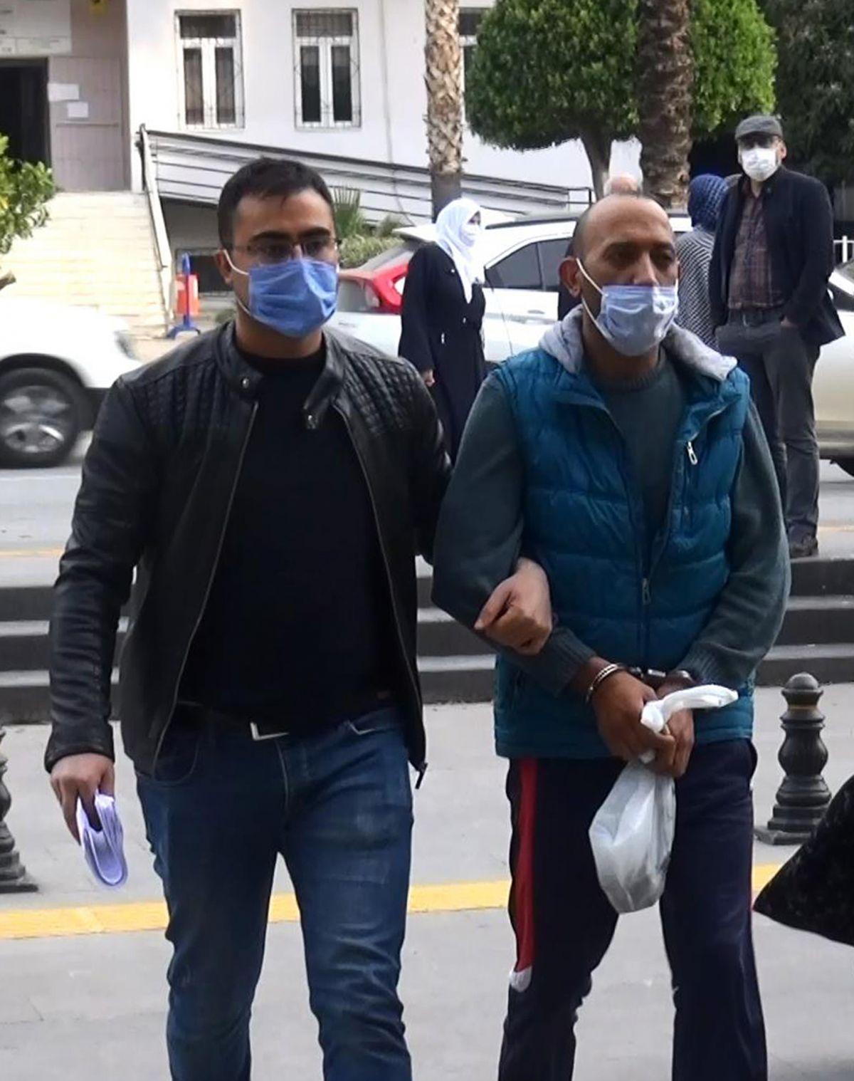 Antalya da eşini ve çocuklarını dövünce gözaltına alındı #4