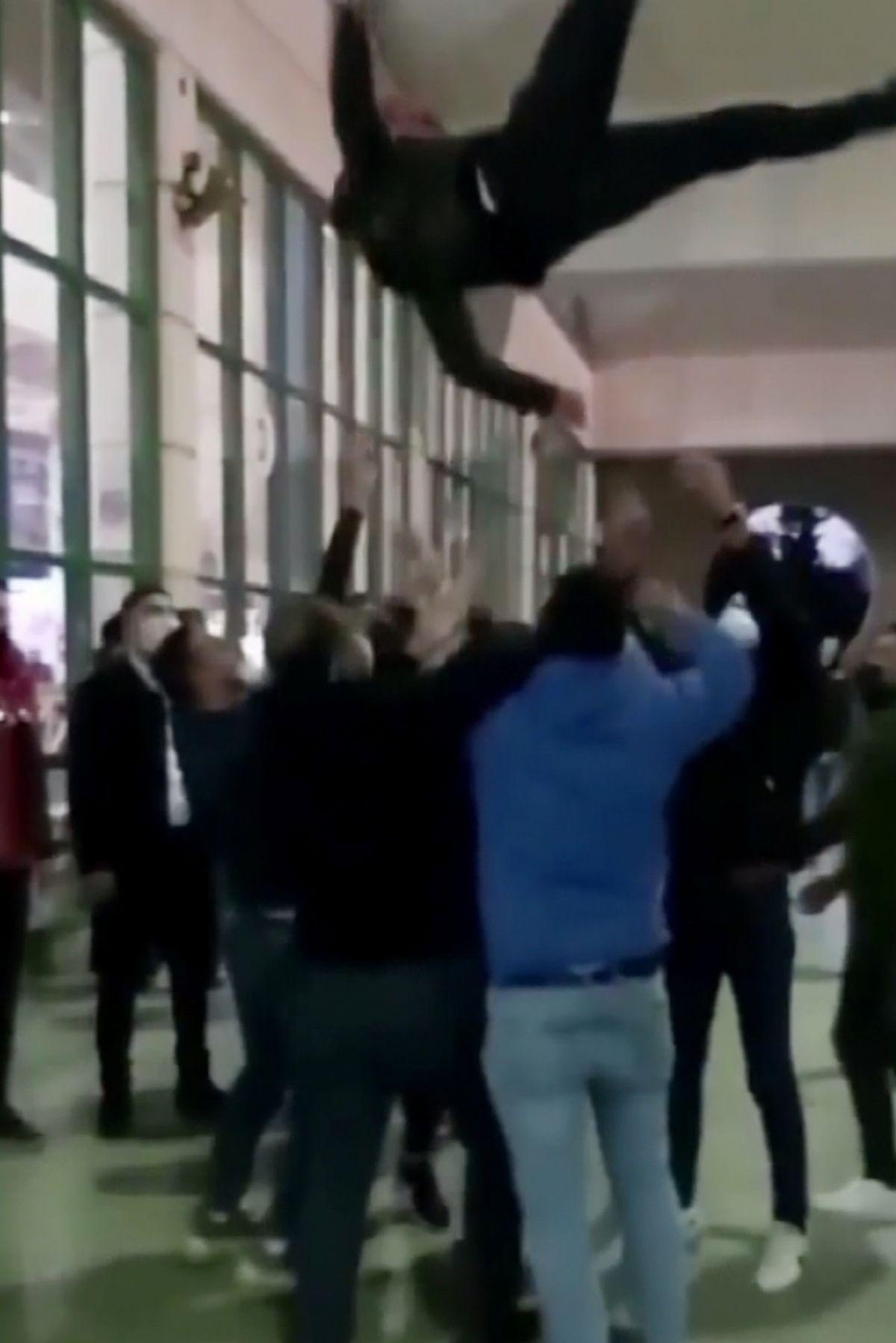 Antalya'da koronavirüse rağmen, asker uğurlaması yapıldı