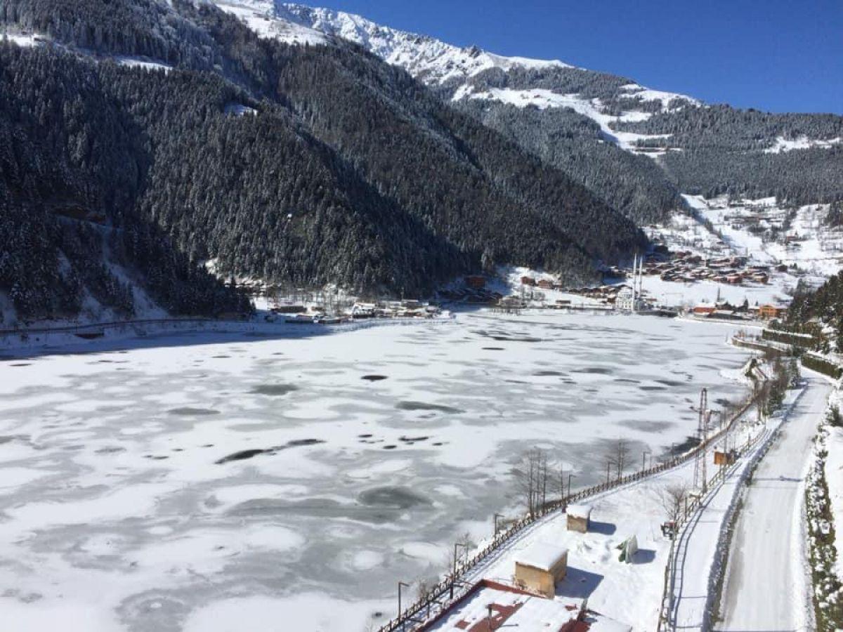 Trabzon a yağan karla birlikte, Uzungöl buz tuttu #5