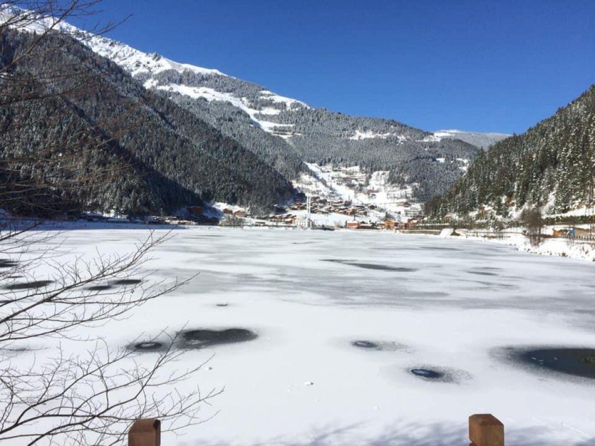 Trabzon a yağan karla birlikte, Uzungöl buz tuttu #6