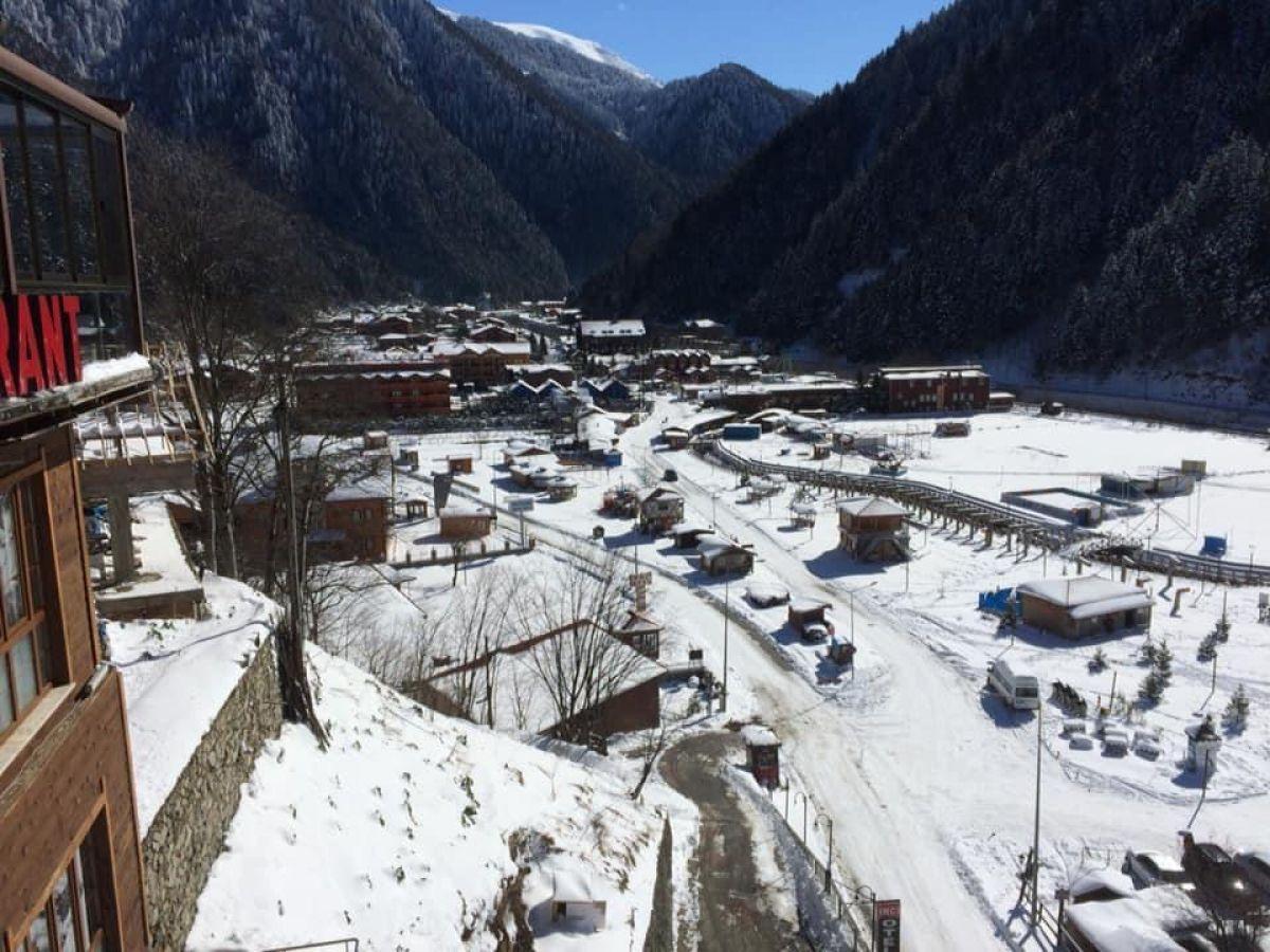 Trabzon a yağan karla birlikte, Uzungöl buz tuttu #2