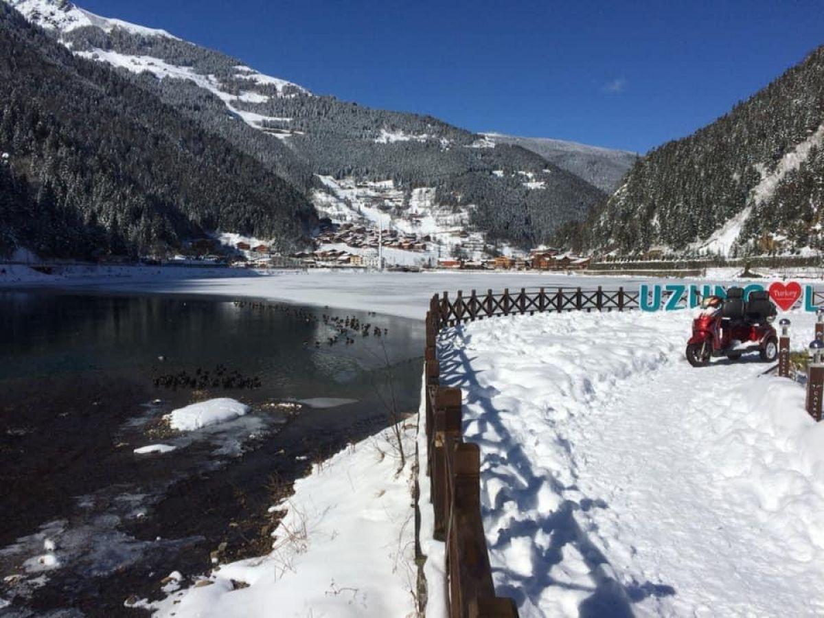 Trabzon a yağan karla birlikte, Uzungöl buz tuttu #7