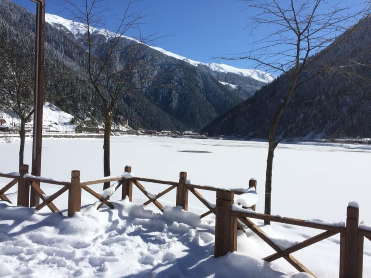 Trabzon a yağan karla birlikte, Uzungöl buz tuttu #3