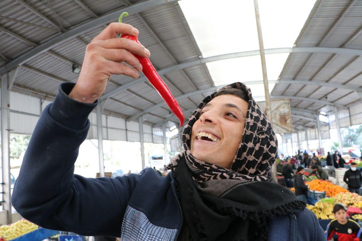 Şanlıurfa da kente özgü biberler tükendi #4