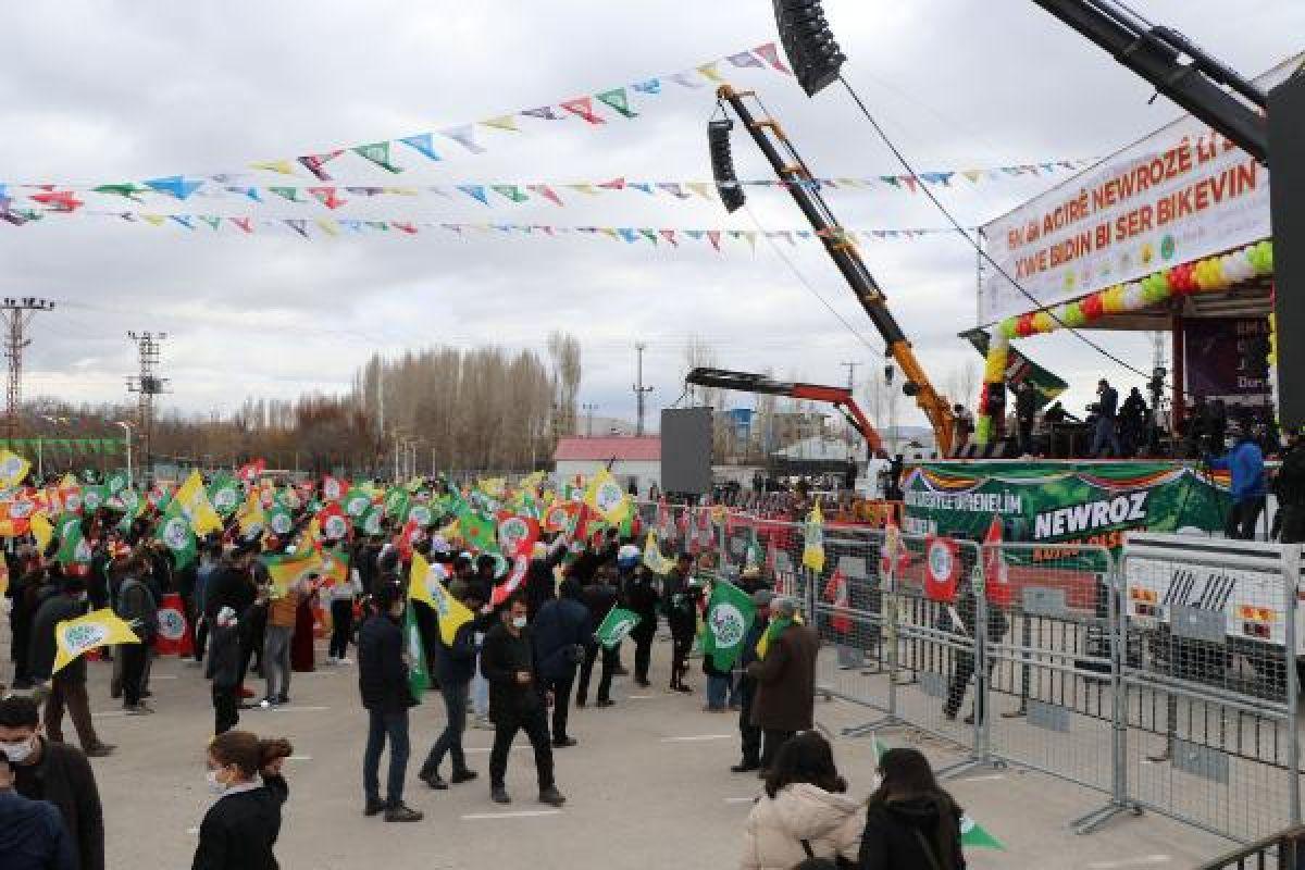 Van da HDP nin organize ettiği nevruz kutlamaları başladı #6