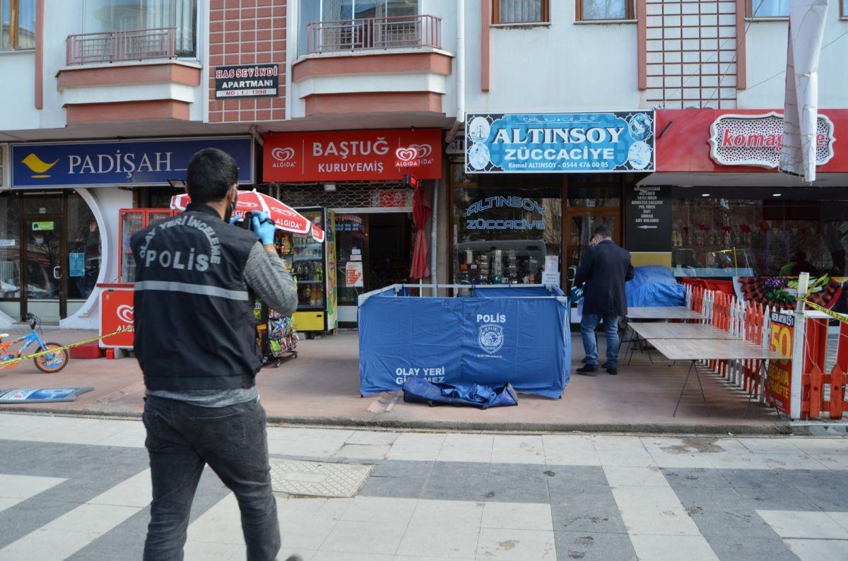 Aksaray da yaşlı adam dengesini kaybedip balkondan düştü #3
