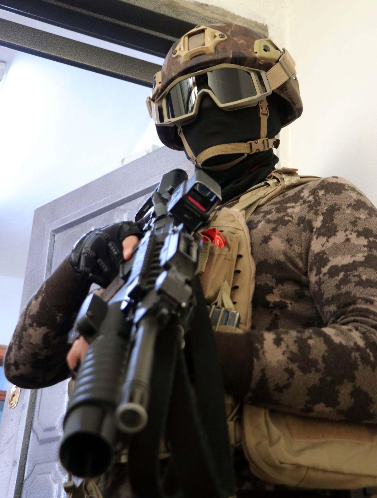 Gaziantep'te 950 polis, uyuşturucu operasyonuna katıldı: 29 gözaltı #5
