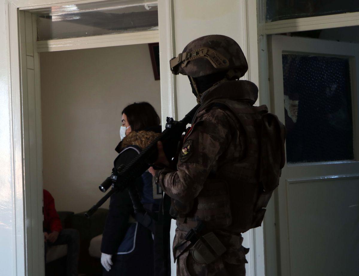 Gaziantep'te 950 polis, uyuşturucu operasyonuna katıldı: 29 gözaltı #7