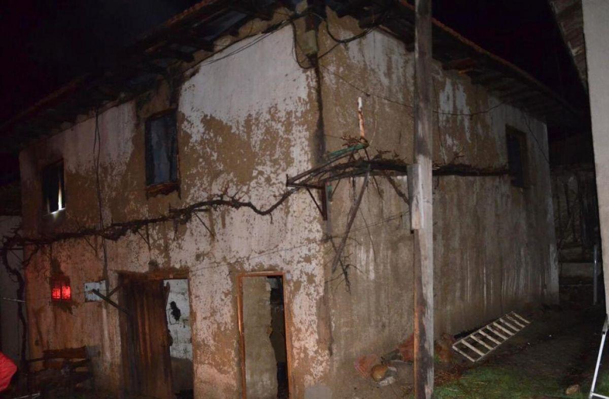 Kütahya da yangında 83 yaşındaki kadın öldü #4
