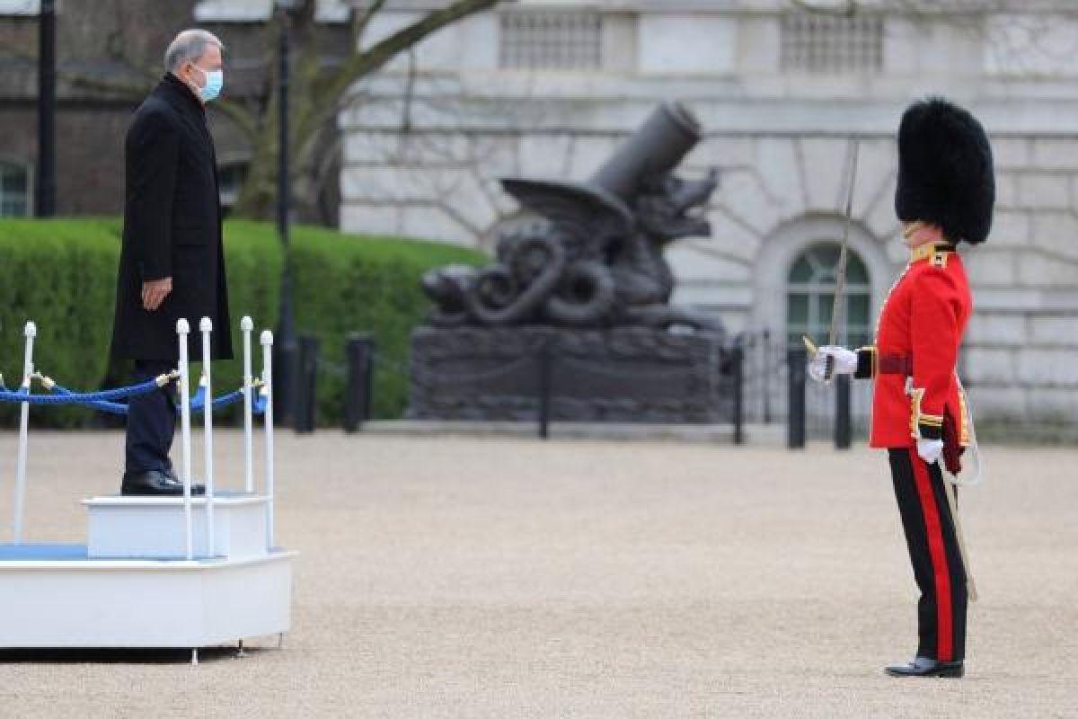Milli Savunma Bakanı Hulusi Akar Londra da #3