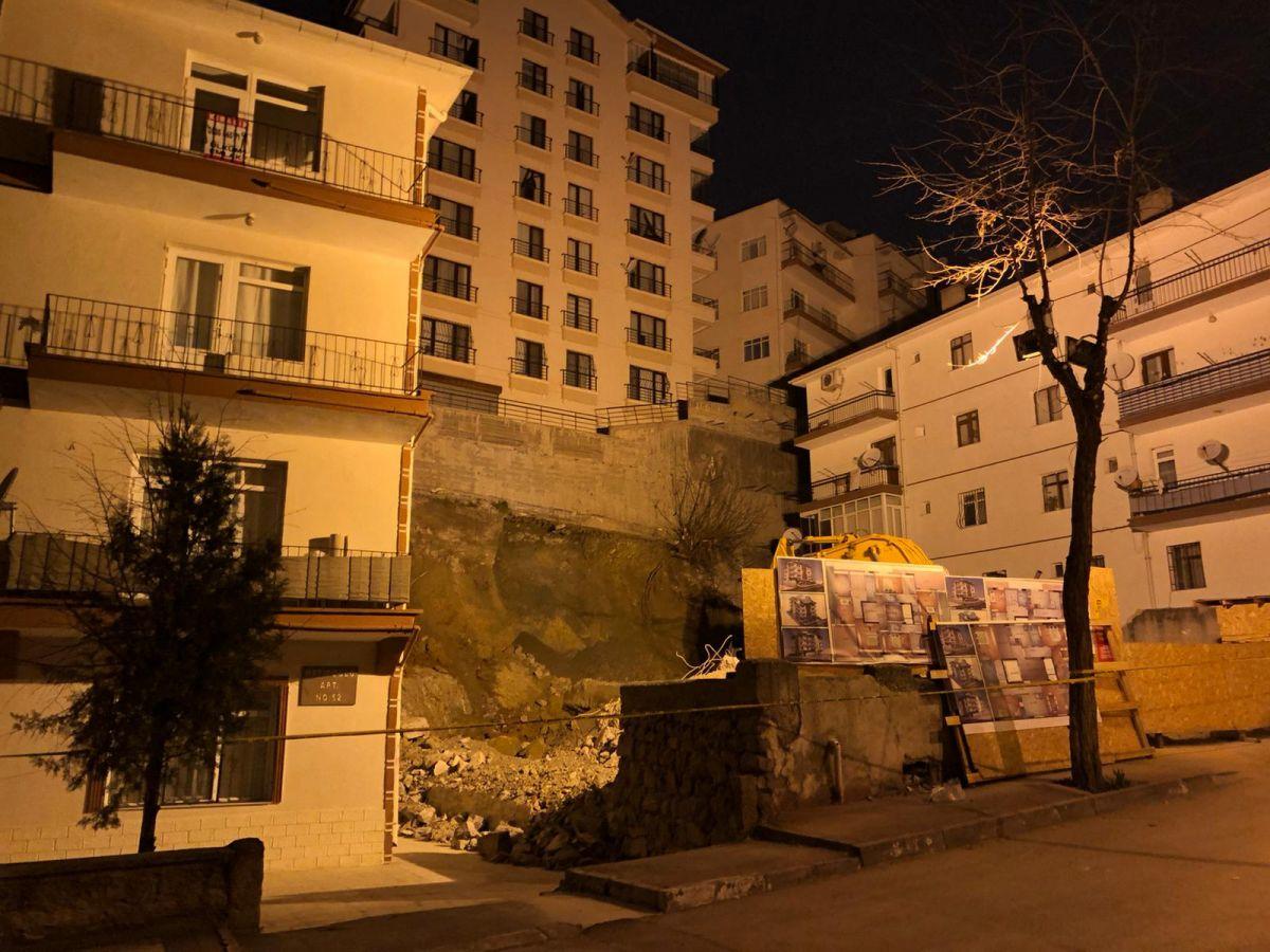 Ankara da, temeli kayan apartman nedeniyle 21 bina tahliye edildi #2
