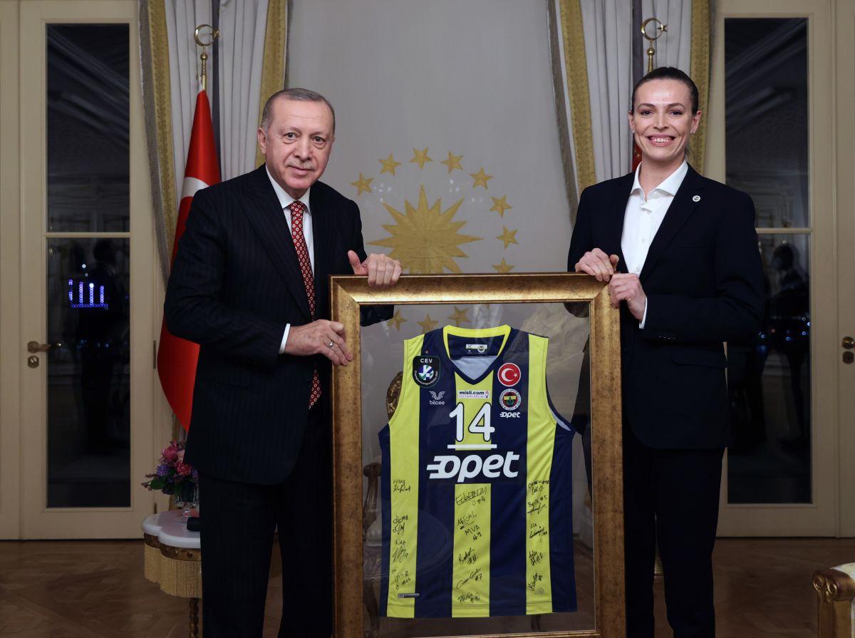 Cumhurbaşkanı Erdoğan, Türkiye Voleybol Federasyonu heyetini kabul etti #6