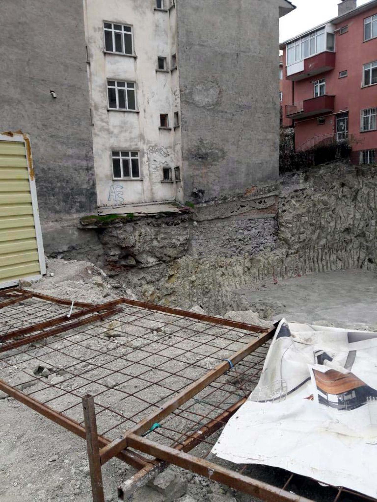Ankara da toprak kayması nedeniyle bir apartman tahliye edildi #5