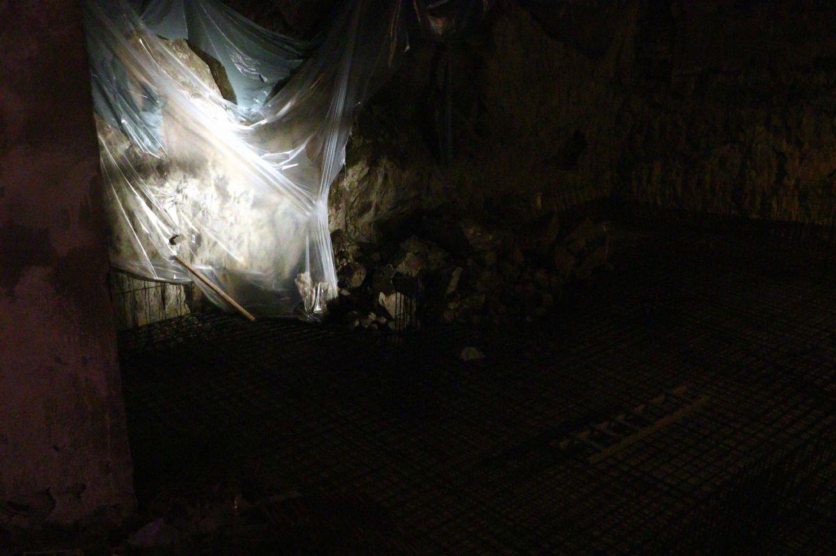 Ankara da toprak kayması nedeniyle bir apartman tahliye edildi #3