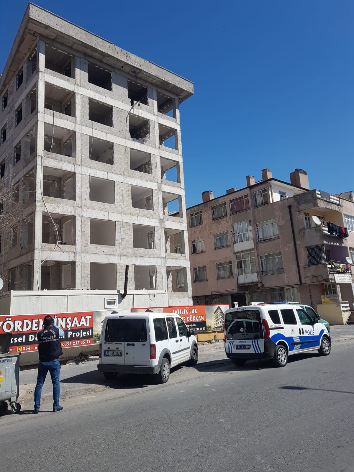 Kayseri'de sıvacı, inşaattan düştü