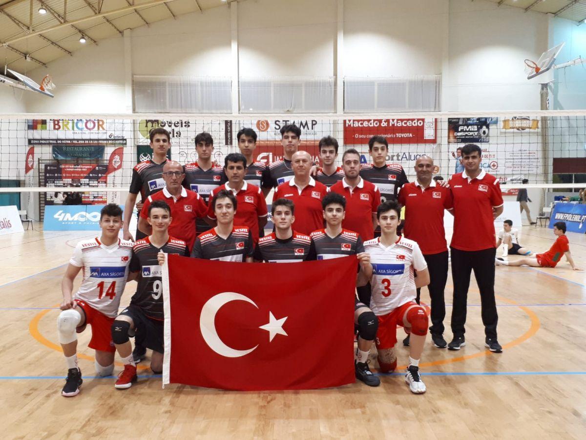 17 Yaş Altı Erkek Voleybol Milli Takımı Avrupa Şampiyonası nda #1