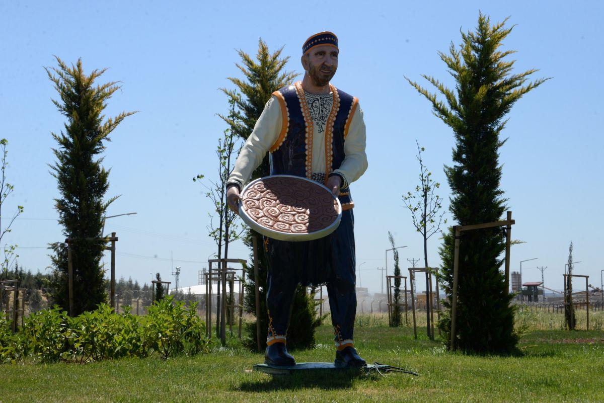 Diyarbakır ın gündemi: Heykel #6