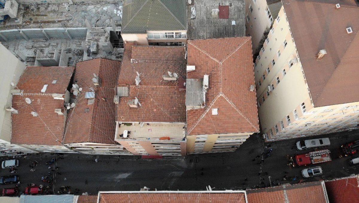 Şişli'de 6 katlı bina, çökme riski nedeniyle tahliye edildi #4