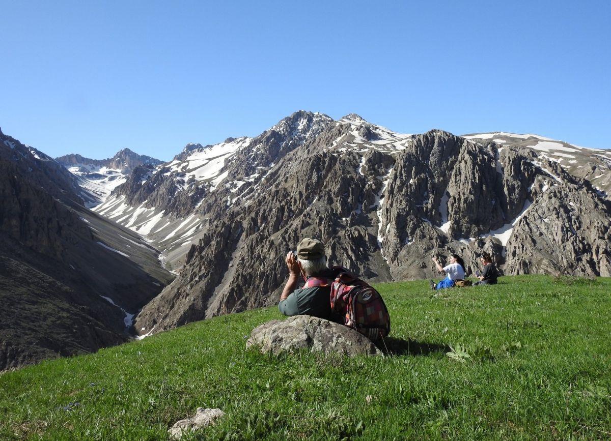 Terörden temizlenen Munzur Dağları, doğaseverleri ağırlıyor #1