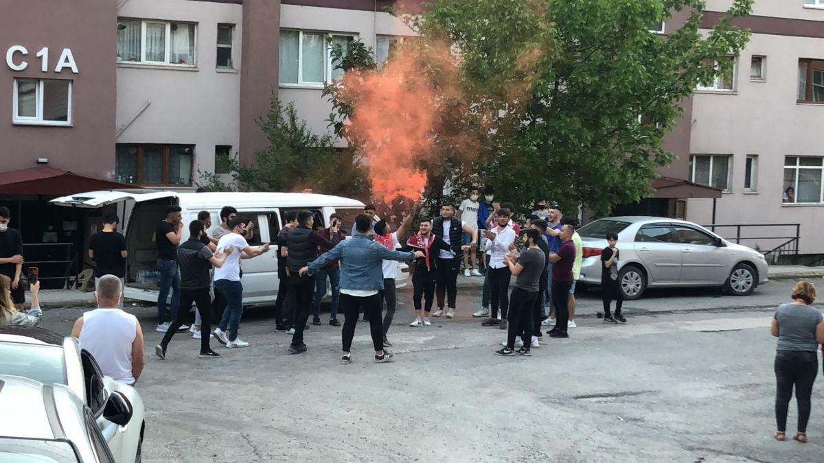 Zonguldak ta maske ve sosyal mesafesiz asker uğurlaması #1