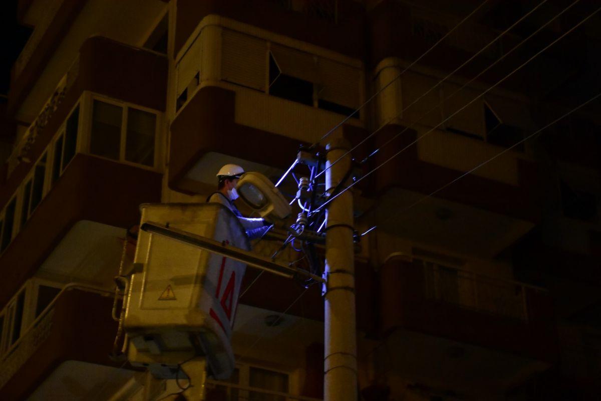 İzmir de kablo çalmak isteyen şahıs elektrik çarpması sonucu hayatını kaybetti #9