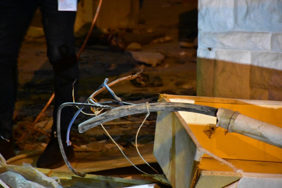 İzmir de kablo çalmak isteyen şahıs elektrik çarpması sonucu hayatını kaybetti #3