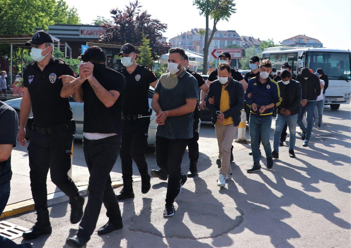 Kocaeli de 3 milyon liralık vurgun yapan 14 sahte bankacı tutuklandı #2